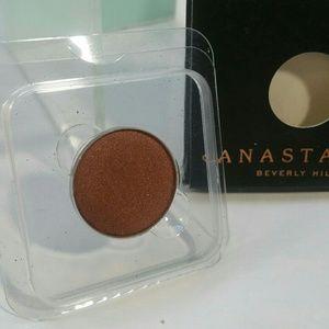 ANASTASIA ABH SINGLE PAN EYESHADOW 'COGNAC'